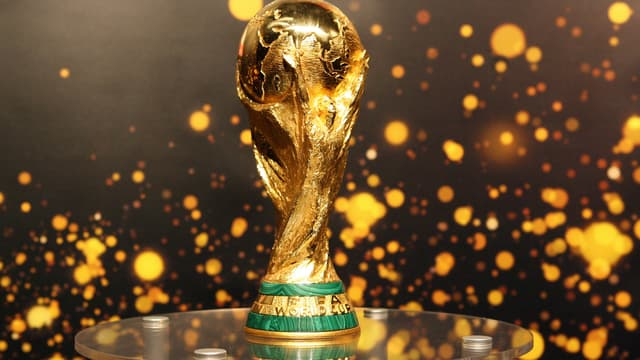 The FIFA World Cup trophy is presented to the public 12 May 2006 in Berlin, as it tours Germany, where the FIFA Football World Cup takes place from 09 June to 09 July 2006. AFP PHOTO BARBARA SAX